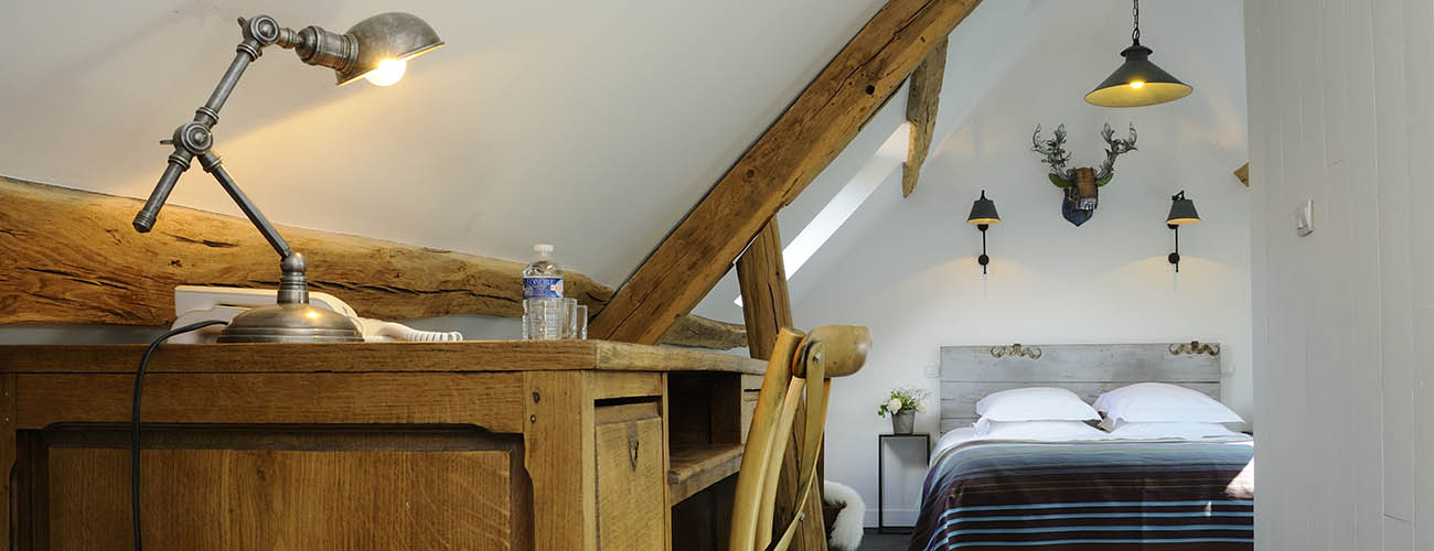 VillafolAvril-hotel-de-orne-Junior-Suite-2-f-sl