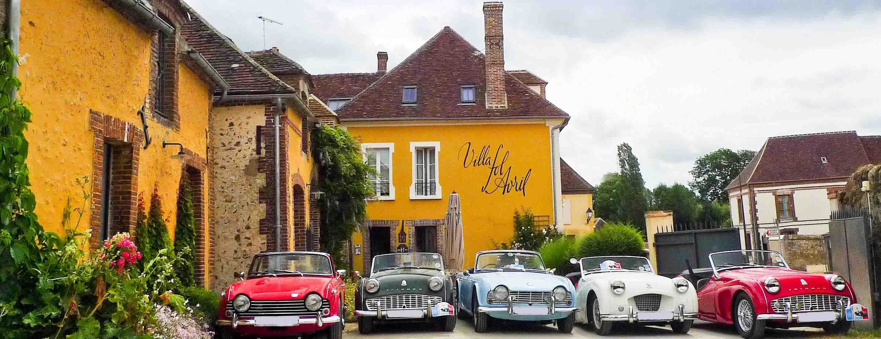 Villa fol Avril voitures de collection classic cars