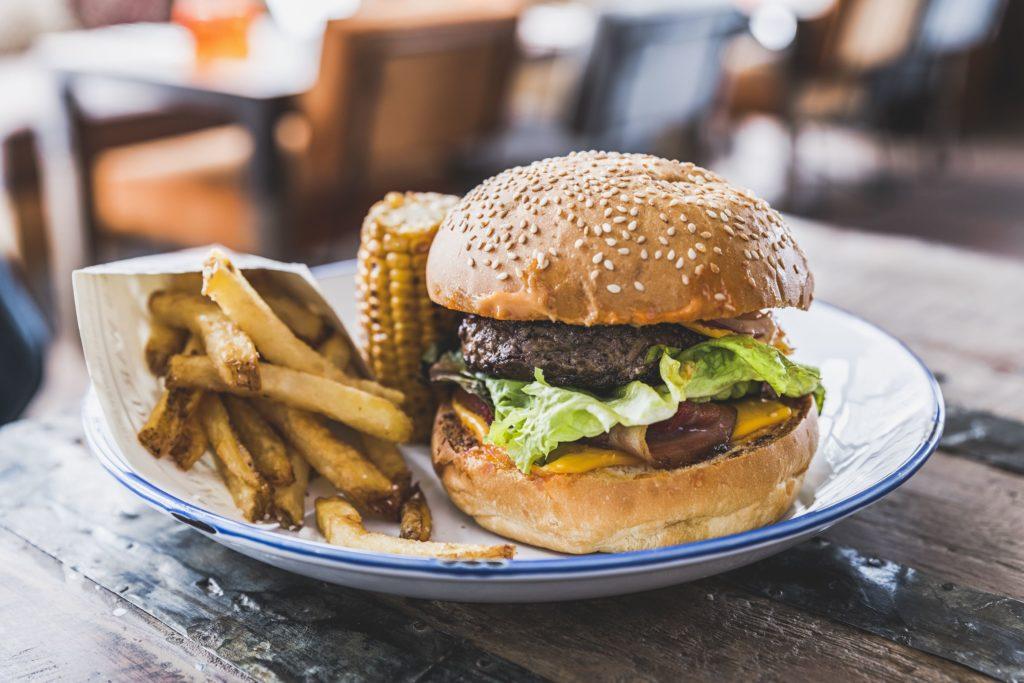 refuge_des_aiglons_restaurant_platyoan_chevojon-4_24709838267_o_2800x1867-1024x683