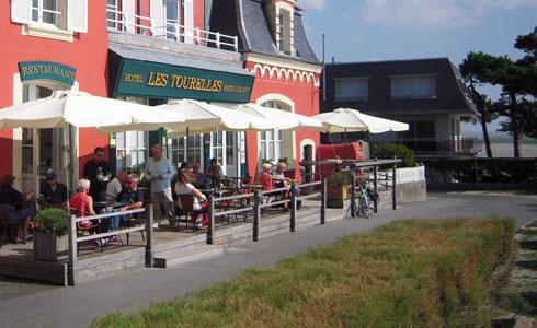 tourelles-photo-restaurant-terrasse1