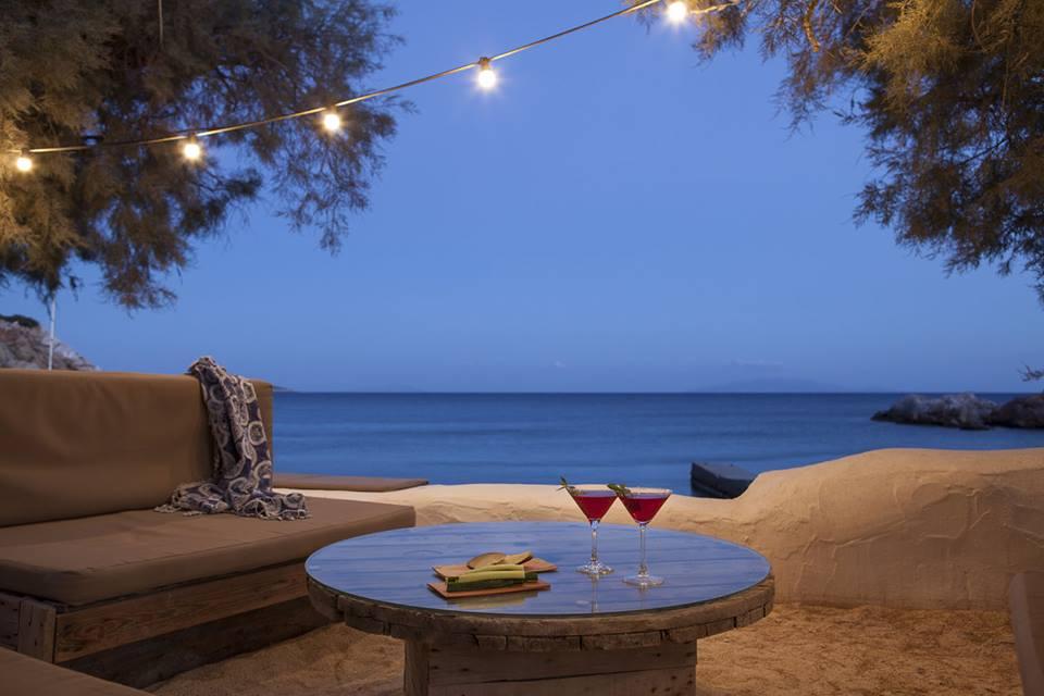 MY TRAVEL DREAMS X BEACH HOUSE ANTIPAROS bar