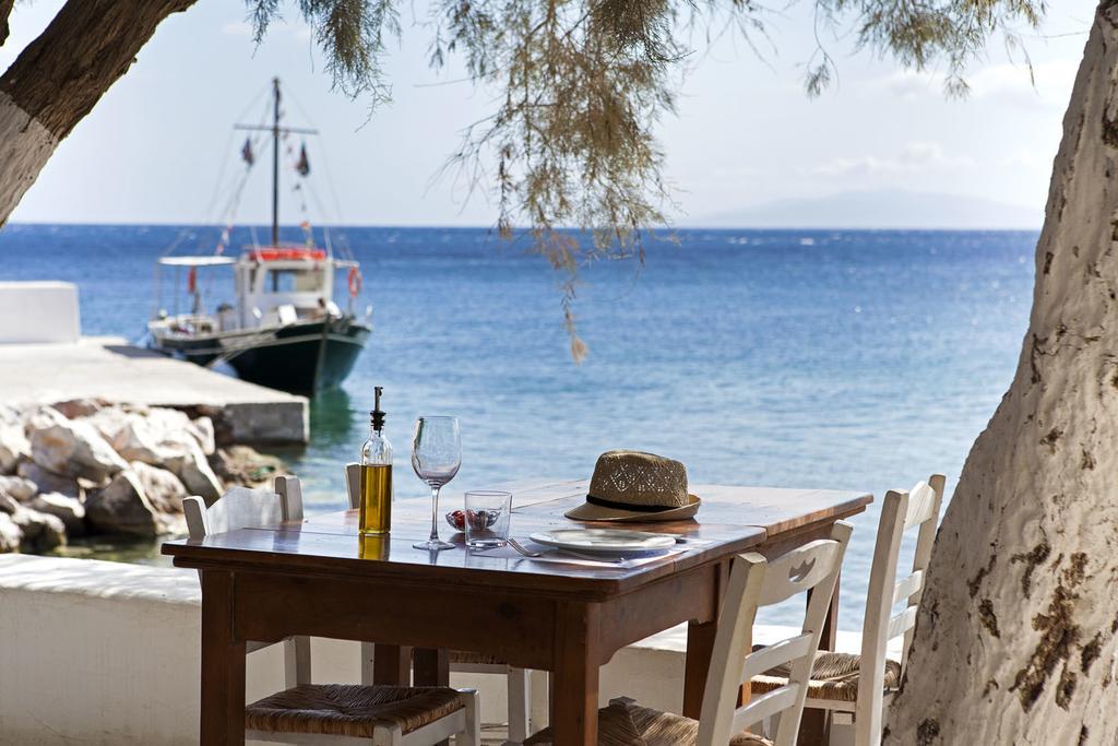 MY TRAVEL DREAMS X BEACH HOUSE ANTIPAROS restaurant ext